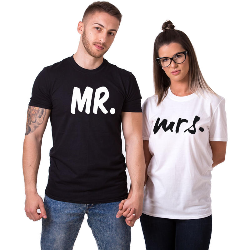 CT001710030 MR MRS Black And White logo